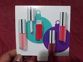 Labial  Lip gloss   clinique
