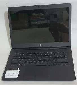 Portátil HP AMD A4-9125 de 14 pulgadas. 4 GB de Ram y 1 TB de disco duro.