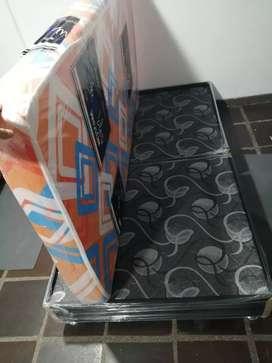 Ventas de camas, muebles y armarios tejidos