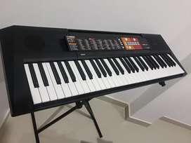Yamaha - psr-f51