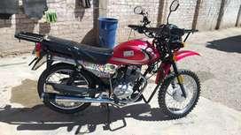 Vendo moto Seenke en buen estado y papeles en regla