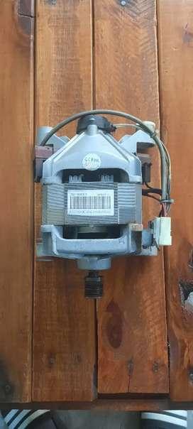 Se vende motor de lavarropa en buen estado