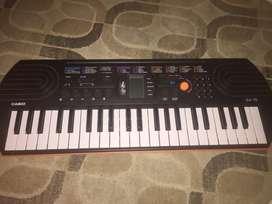PIANO CASIO SA-76