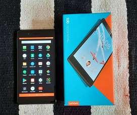 Tablet Lenovo Tb7304f