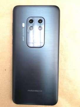 Ganga!! Motorola One Zoom