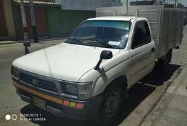 Se vende Toyota motor 5L placa Tacna de uso particular
