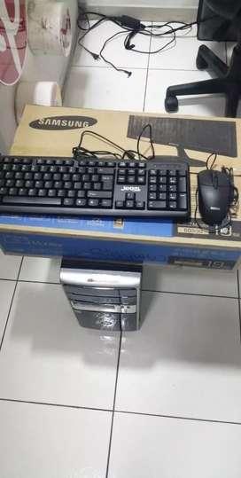 VENDO O CAMBIO PC  I5 7GENERACION CON 1 TERA DE DISCO Y 4GB DE MEMORIA DDR4 CON UNA BOARD ASROCK H110M HDV