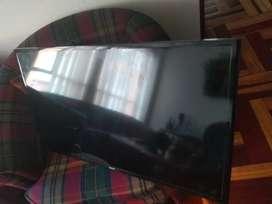 Vendo TV 40' Pulgadas, Smart TV - Samsung (Para partes)