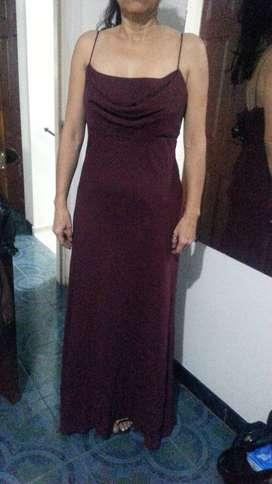 Venta Vestido de Gala Vino Tinto Americano Talla 8-10
