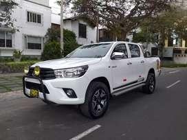 Toyota Hilux 4x2 2017 petrolera