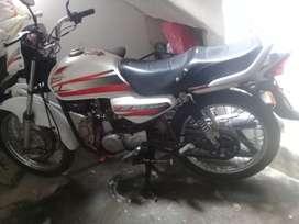 Se vende moto eco deluxe cc100
