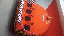 Balsas inflables para deporte extremo en el mar.
