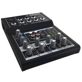 Consola Mackie Mix5 Mezclador audio