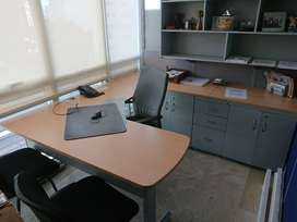 Divisiones y muebles de oficina