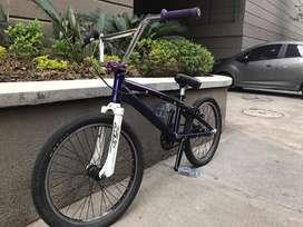 Bicicleta GW Elite pro