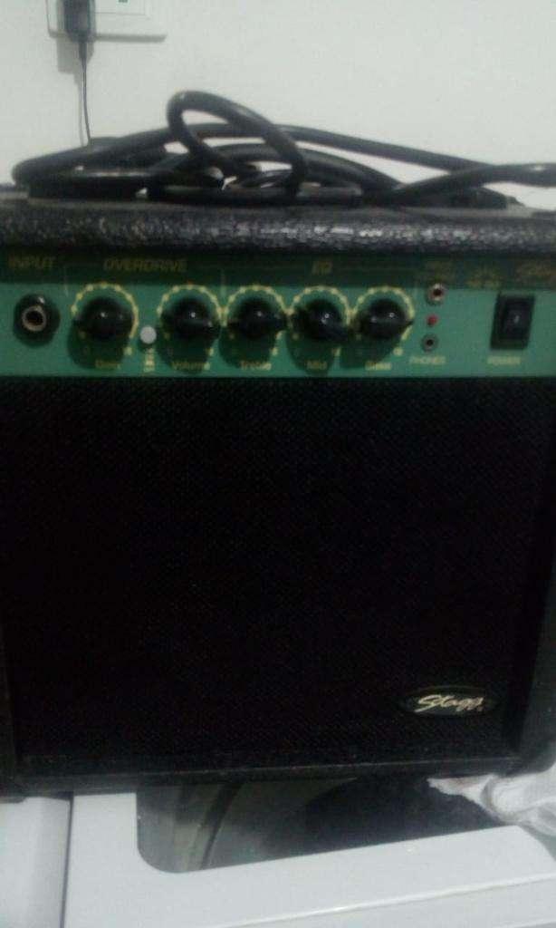 Vendo Amplificador Guitarra 0