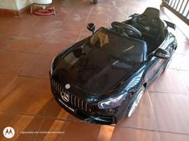 Vendo carro eléctrico para niño