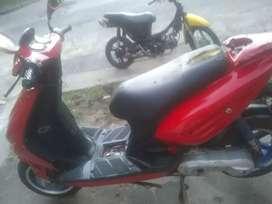Vendo moto scutter 50 Mondial le anda todo
