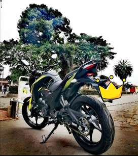 Se vende cr5_180 negro verde