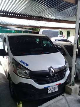vendo camioneta Renault trafic 2016  para transporte publico.