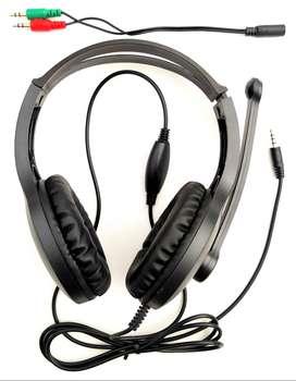 AURICULAR CON MICROFONO  PARA CONSOLAS, CELULAR Y PC (incluye cable adaptador)