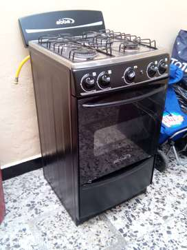 Estufa en buen estado poco uso