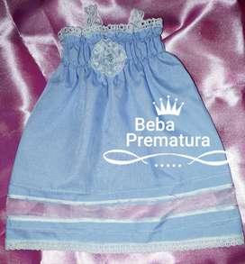 Prematura*Bautismo*Alta costura*Vestidito artesanal*Linòn celeste, valencianas, flor rococò.