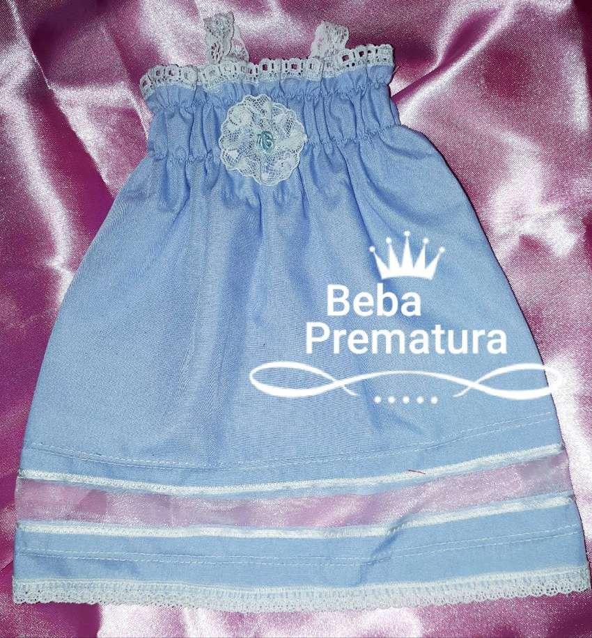 Prematura*Bautismo*Alta costura*Vestidito artesanal*Linòn celeste, valencianas, flor rococò. 0