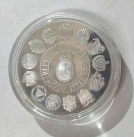 Moneda Argentina plata 1000 australes conmemorativa primera serie iberoamericana encuentro de dos mundos