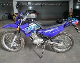 Yamaha xtz125 (permuto por lancha únicamente)