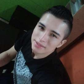 Busco empleo como ayudante o auxiliar, parrillero au oficios varios, vivo en Funza Cundinamarca...