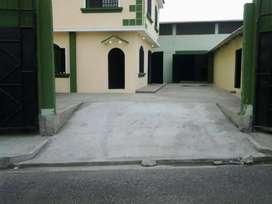 Alquilo Bodega con Oficinas 600m2 en Babahoyo