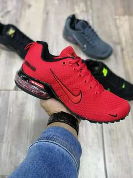 Tenis Nike Air 2020 caballero