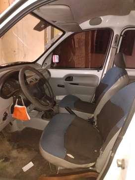 Vendo camioneta kango 2012