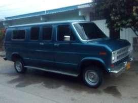 Vendo Ford Econoline 250 Modelo 1976  Te