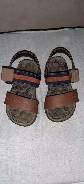 Vendo zapatos en buen estado de niño