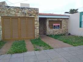 Hermosa Casa en Alquiler - Urca