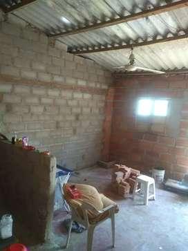 Vendo apartamento en obra gris en el barrio tiburón frente a la cancha critian González en sabanagrand