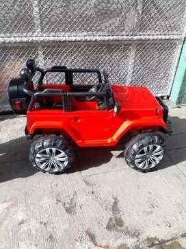 Jeep rojo de batería y control remoto para niños hasta de 10 años