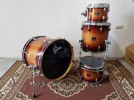 Shell Pack Gretsch Renown Maple