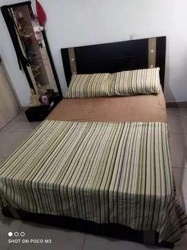 Vendo cama doble 140 x 190