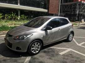 Mazda 2 automatico Hatchback, 1.5 cc, en perfecto estado!