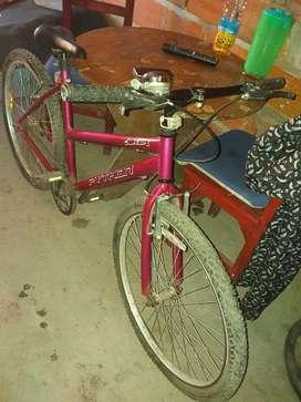 Bicicleta rodado 26 vendo o cambio por notebook