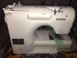 Maquina para coser digital
