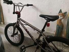 Bicicleta mongoose bmx