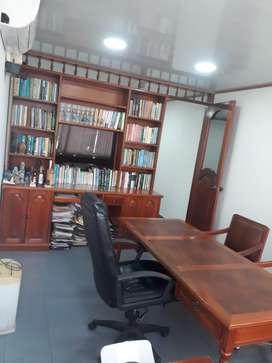 Se vende oficina en el edificio davivienda piso 9