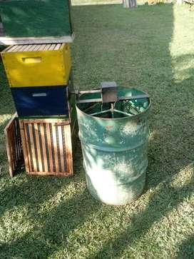 Vendo centrifuga para sacar Miel de abejas