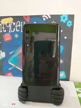 Huawei Y9S 128 Gb 6 de ram Camara retractil