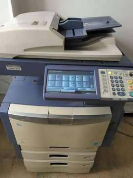 Fotocopiadora Toshiba 3040c