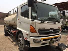 Camion HINO 500